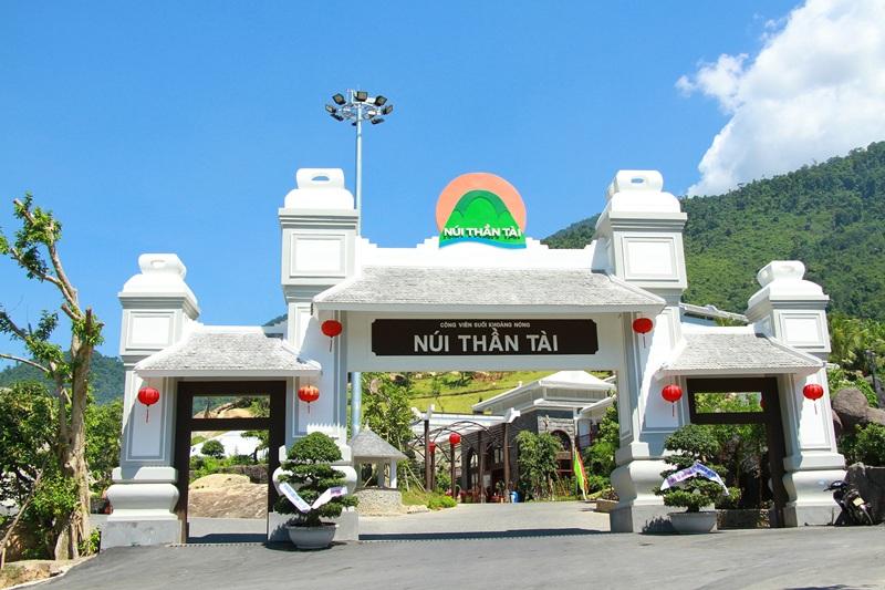 Suối khoáng núi Thần Tài Đà Nẵng